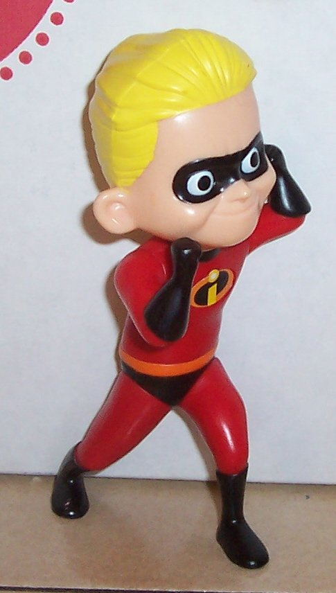 The Incredibles Toys : Mcdonalds the incredibles dash happy meal toy disney