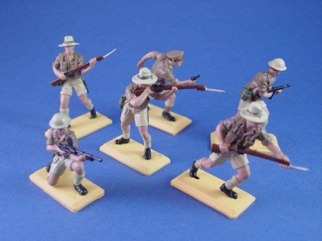 Britains Deetail DSG Toy Soldiers WWII British Desert Raiders