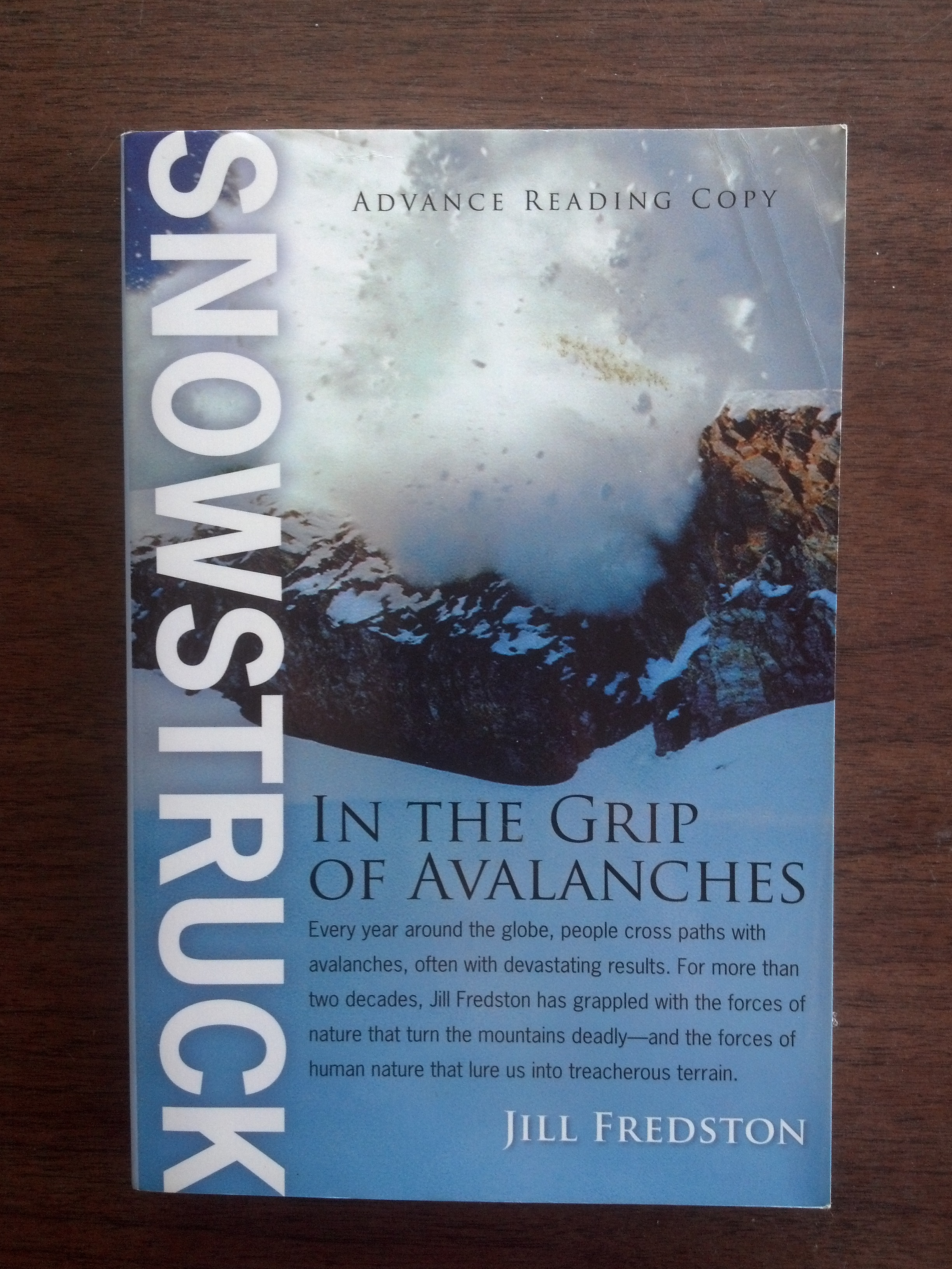 Snowstruck : In the Grip of Avalanches