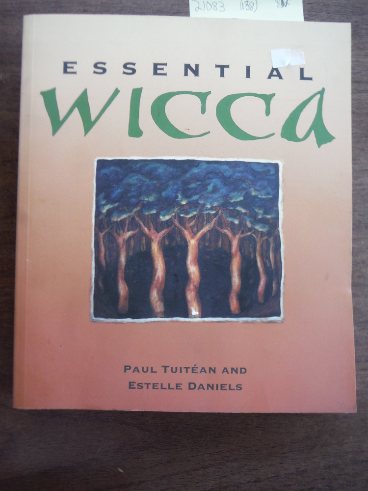 Image 0 of Essential Wicca