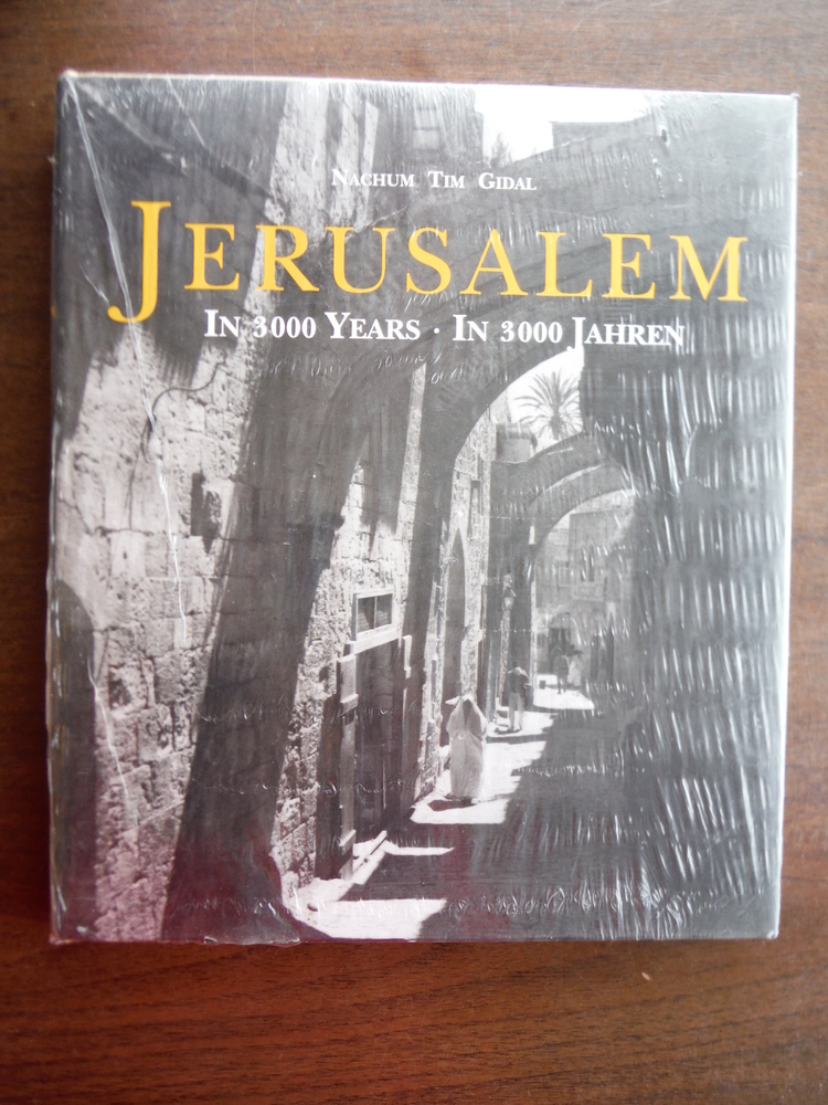 Jerusalem: In 3000 Years / In 3000 Jahren (English and German Edition)