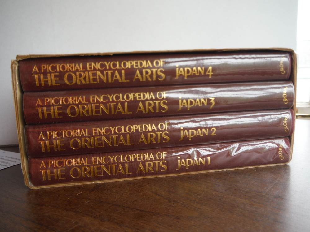 Image 0 of A Pictorial Encyclopedia of the Oriental Arts: Japan (4 Volumes)