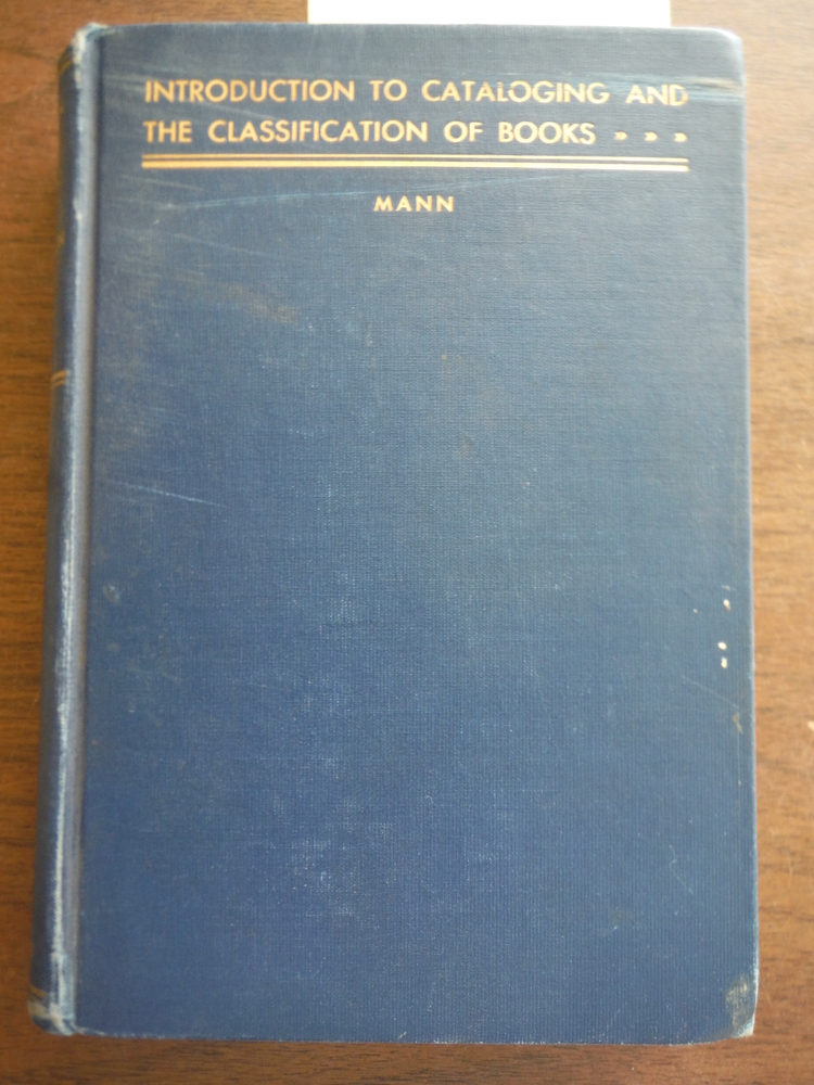Image 0 of Introduction to Cataloging and the classification of Books