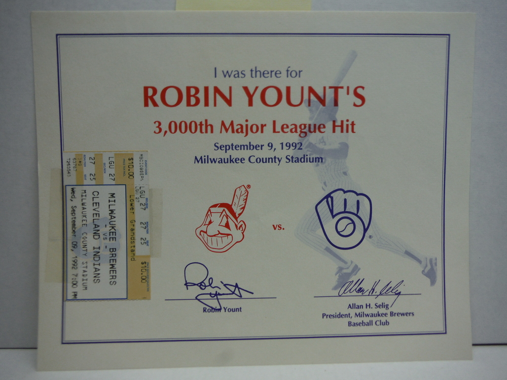 I was there for ROBIN YOUNT'S 3,000th Major League Hit September 9, 1992 Milwauk