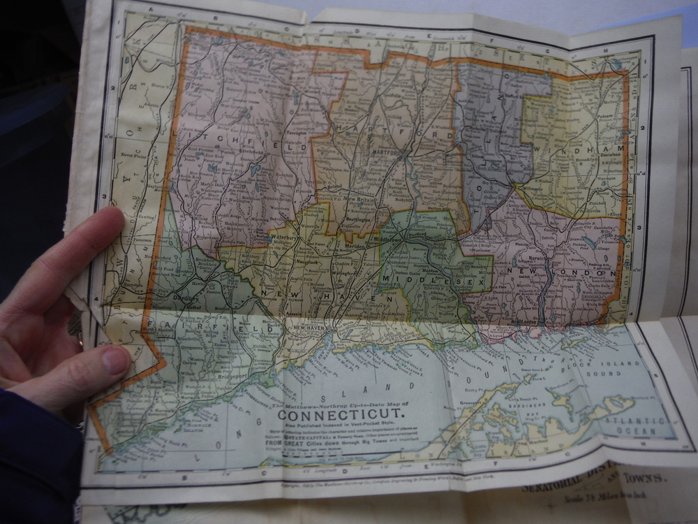The Matthews-Northrup Up-to-Date  Colored Map of CONNECTICUT (1898)