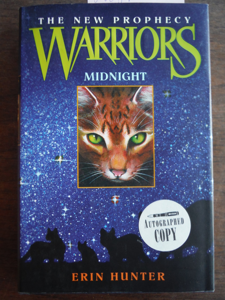 Image 0 of Midnight (Warriors: The New Prophecy, Book 1)
