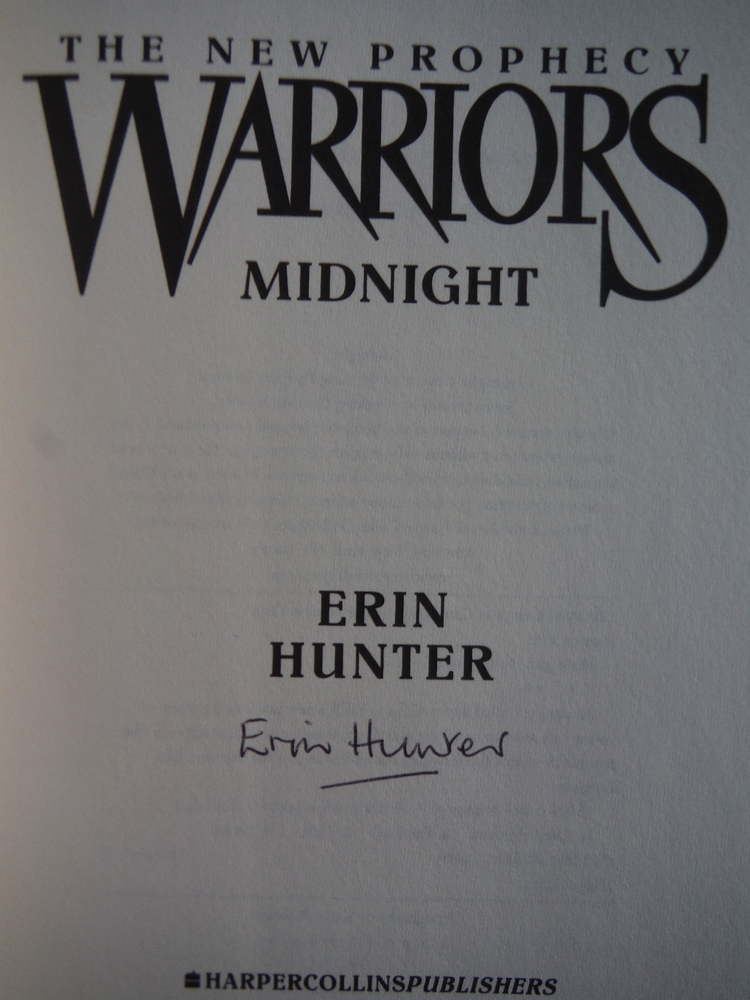 Image 1 of Midnight (Warriors: The New Prophecy, Book 1)