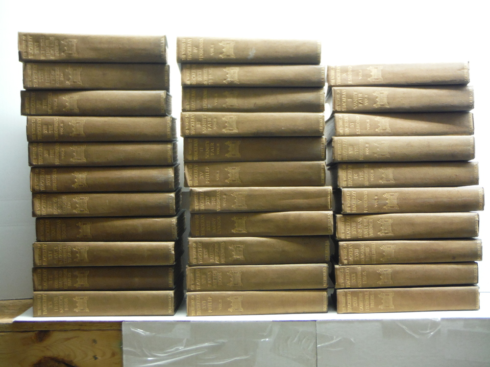 The Works of William Makepeace Thackeray: Kensington Edition (32 Volumes)