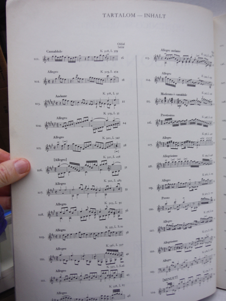 Image 1 of 200 Sonatas III: Urtext