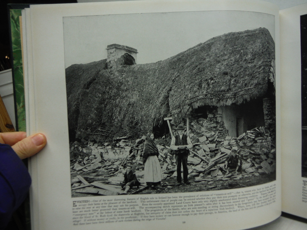 Image 2 of Ireland in Pictures: A Grand Collection of Over 400 Magnificent Photographs of t