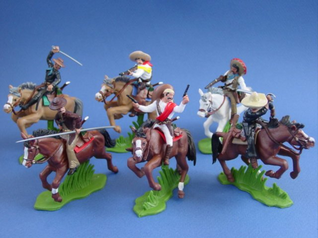 Britains Deetail DSG Toy Soldiers Mexican Bandits Bandidos on Horseback
