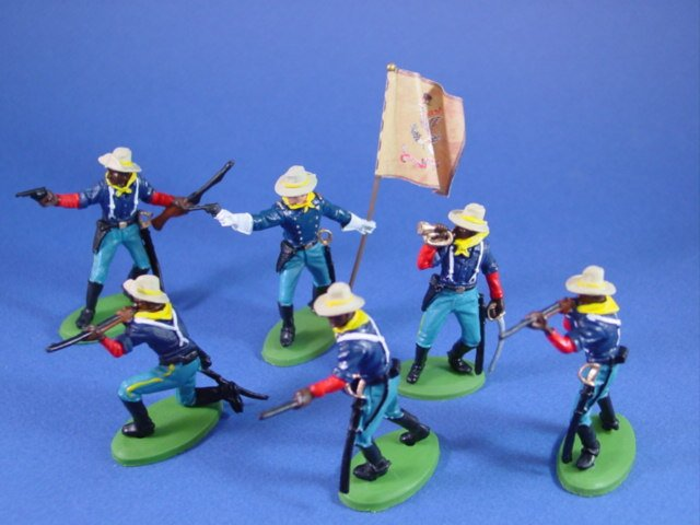 Britains Deetail DSG Toy Soldiers US 10th Cavalry Buffalo Soldiers Officer with Regimental Flag