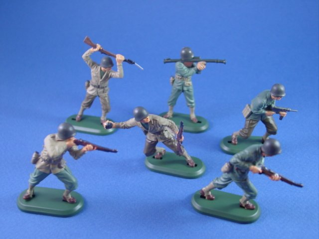 Britains Super Deetail Plastics WWII US Army Infantry with BMC Amtrak